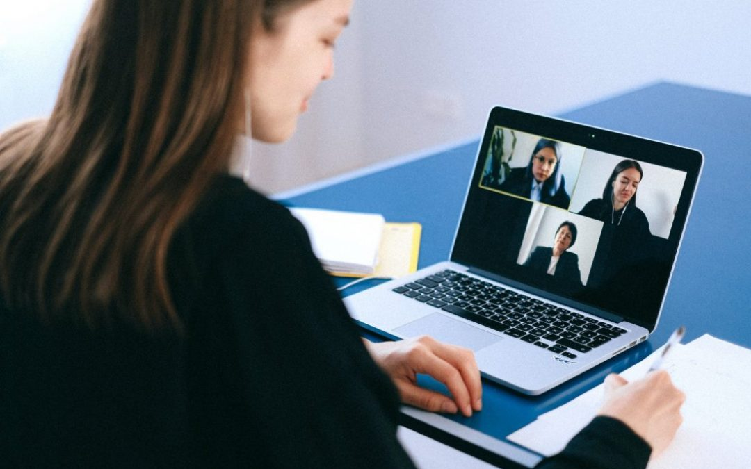 6-STEPS TO ELEVATE YOUR PRESENCE IN A VIRTUAL MEETING